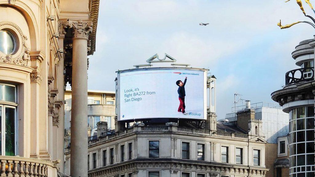 Empresas de servicios de DOOH alza publicidad en Madrid