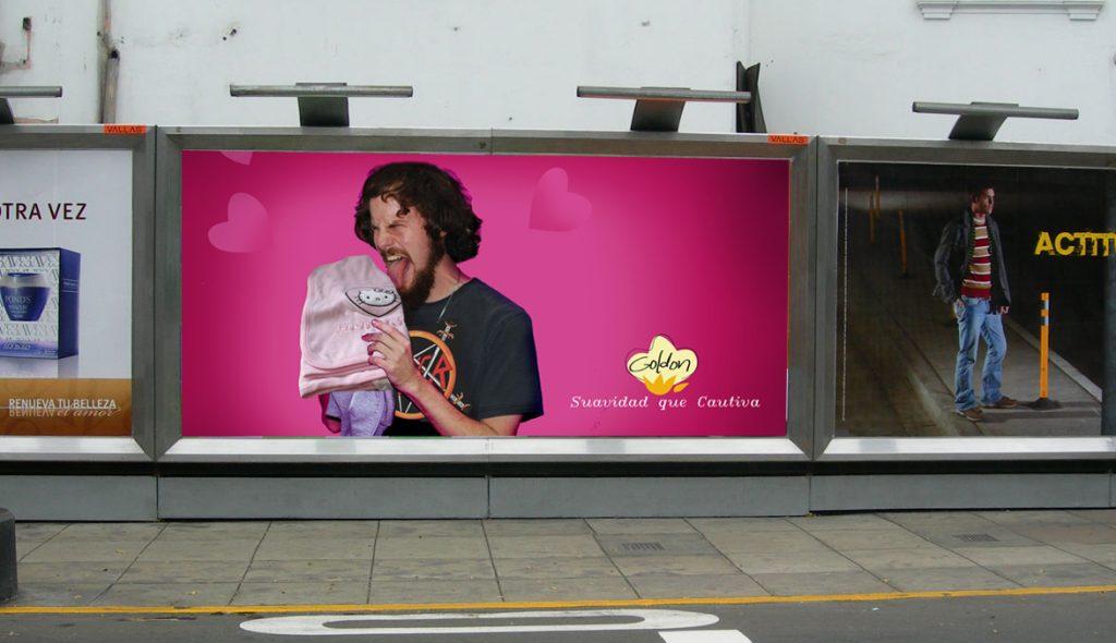 Publicidad exterior en las calles de Lima