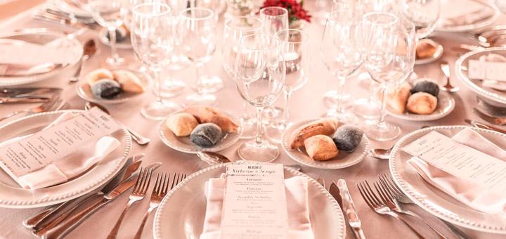 Cristalería incluida en algunos tipos de servicios de catering